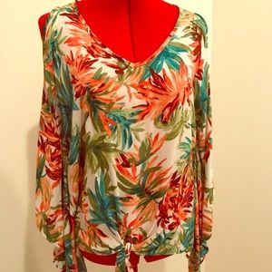 Tops - One size tropical blouse